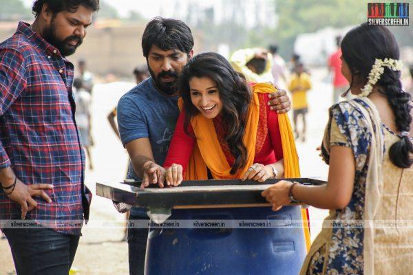 meyaadha-maan-movie-stills-starring-vaibhav-and-priya-bhavani-shankar-stills-0001.jpg