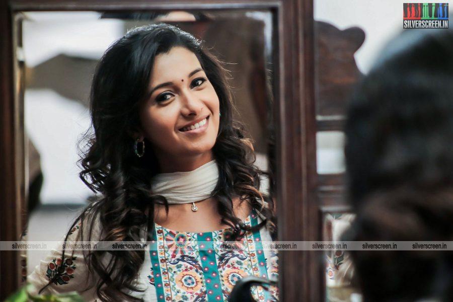meyaadha-maan-movie-stills-starring-vaibhav-and-priya-bhavani-shankar-stills-0007.jpg