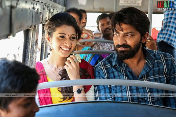 meyaadha-maan-movie-stills-starring-vaibhav-and-priya-bhavani-shankar-stills-0009.jpg