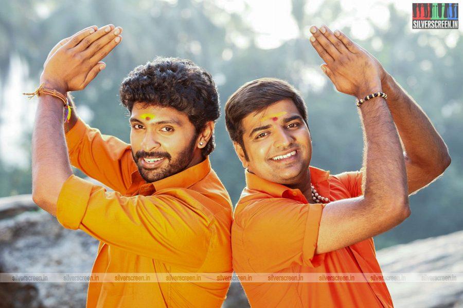 pakka-movie-stills-starring-nikki-galrani-bindu-madhavi-others-photos-0013.jpg