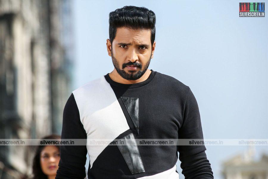 Sakka Podu Podu Raja Movie Stills Starring N Santhanam