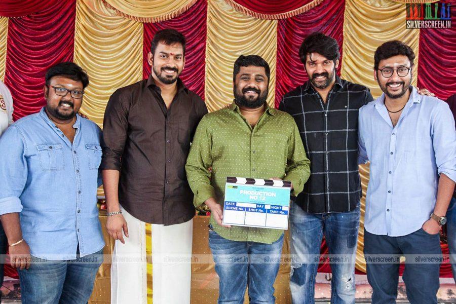 Arya, RJ Balaji, KE Gnanavelraja and Others At The GajiniKanth Movie Launch