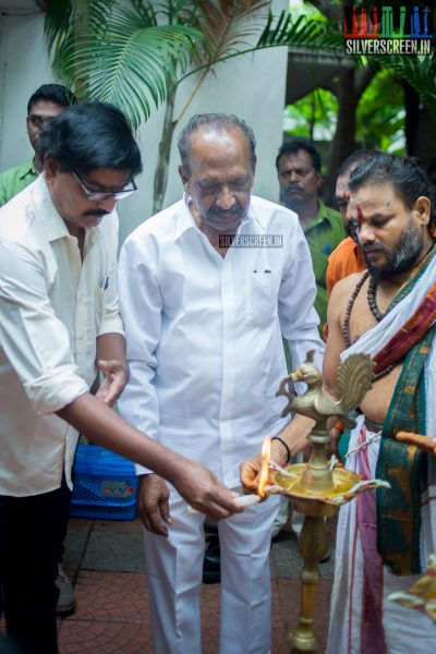 J Mahendran at the Mr. Chandramouli Movie Launch
