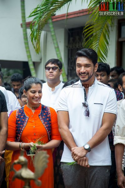 Gautham Karthik and Varalaxmi Sarathkumar at the Mr. Chandramouli Movie Launch