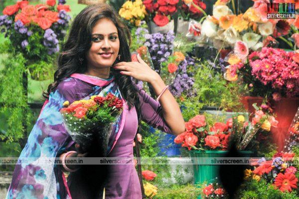 Kathirupor Pattiyal Movie Stills Starring Nandita Swetha