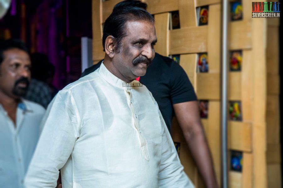 Vairamuthu at Oru Kadhai Sollattumaa Audio Launch