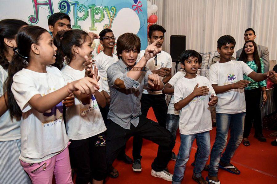 Shah Rukh Khan Celebrates Children's Day