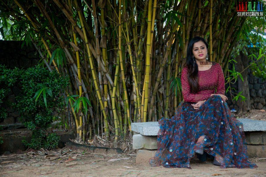 Anjana at Thittam Poattu Thirudra Kootam Audio Launch