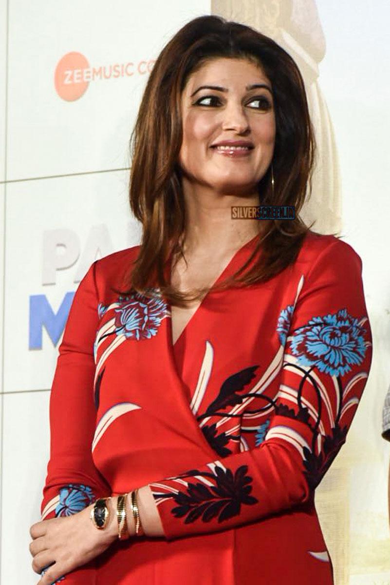 Aaj Se Teri: Akshay Kumar, Radhika Apte, Twinkle Khanna At The Release