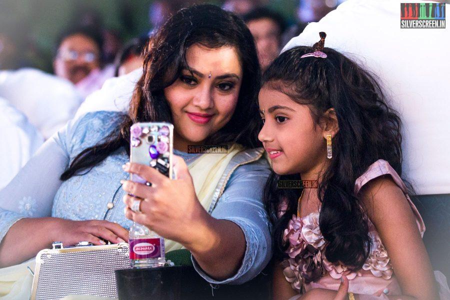 Meena with her daughter Nainika at Bhaskar Oru Rascal audio launch.