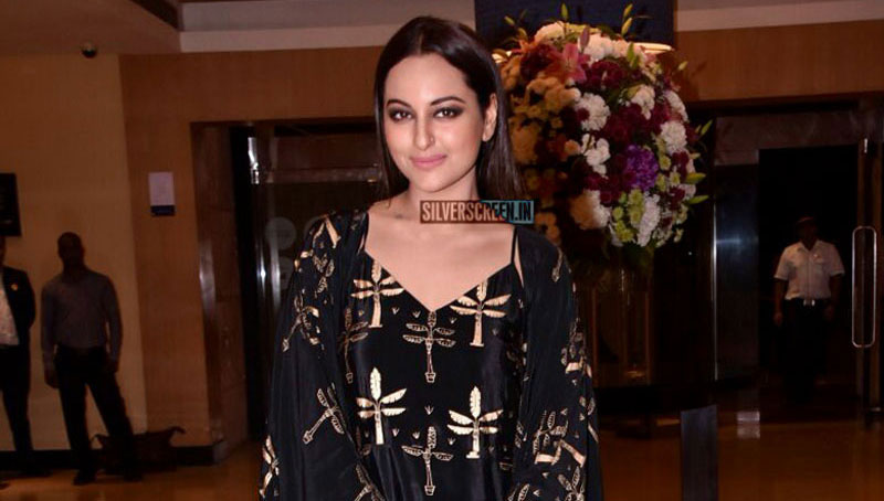Sonakshi Sinha At the Women's Safety & Empowerment Film Festival Awards