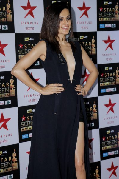 Taapsee Pannu, who performed at the Awards ceremony, wore a Pankaj and Nidhi gown.