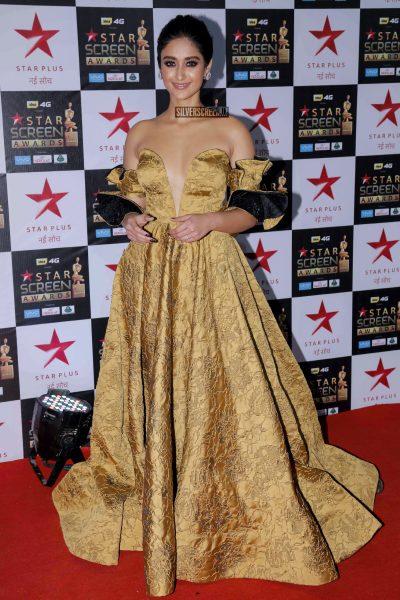 Ileana D'Cruz in a Tanieya Khanuja outfit at the Star Screen Awards.