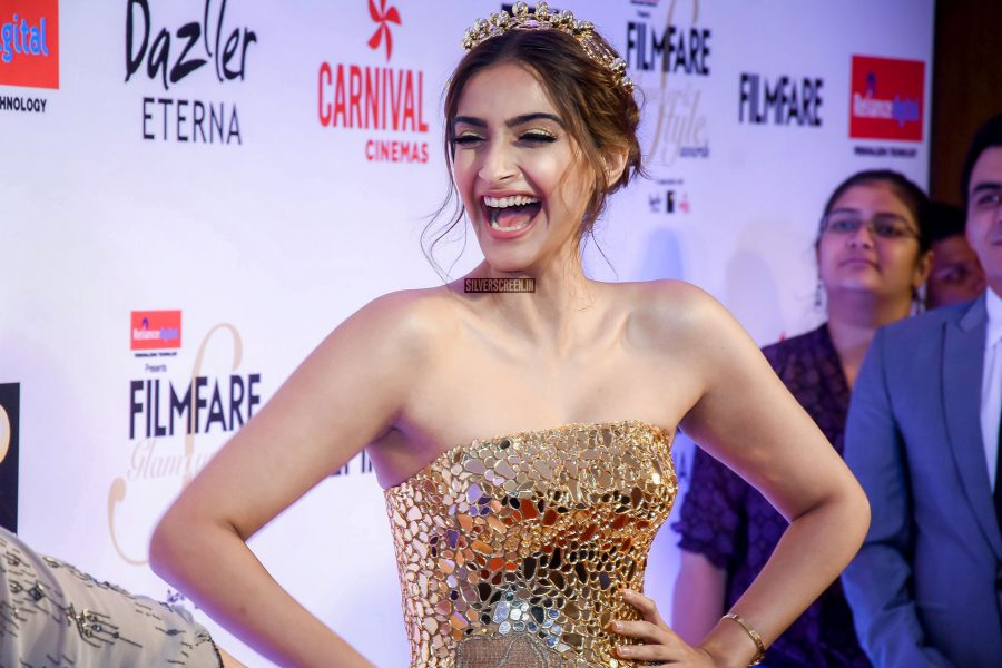 Sonam Kapoor in a Atelier Zuhar gown at the Filmfare Glamour And Style Awards.