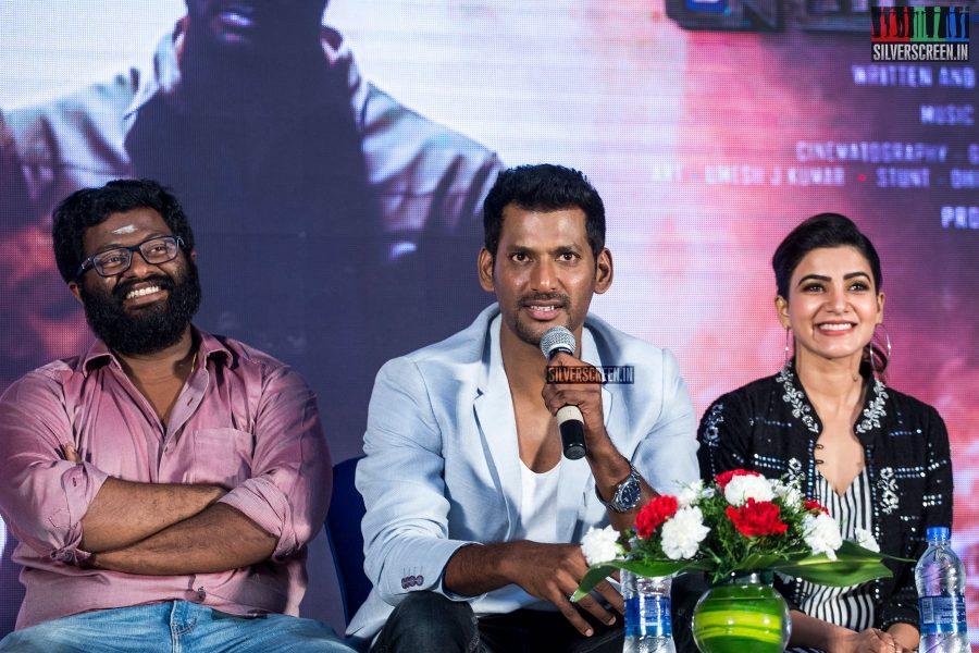 PS Mithran, Vishal and Samantha  At The Irumbu Thirai Trailer Launch