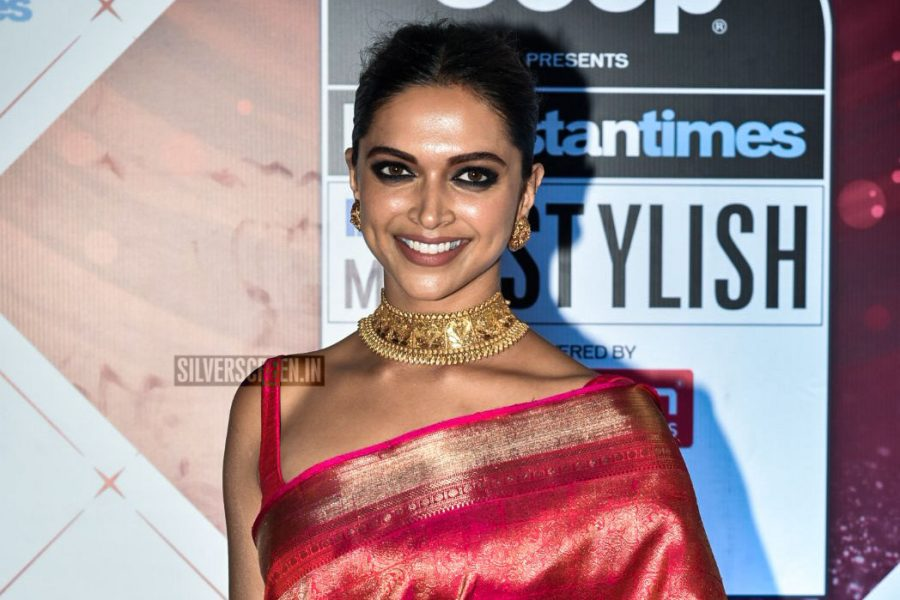 Deepika Padukone in a sari gifted by Rekha at the HT India's Most Stylish Awards 2018