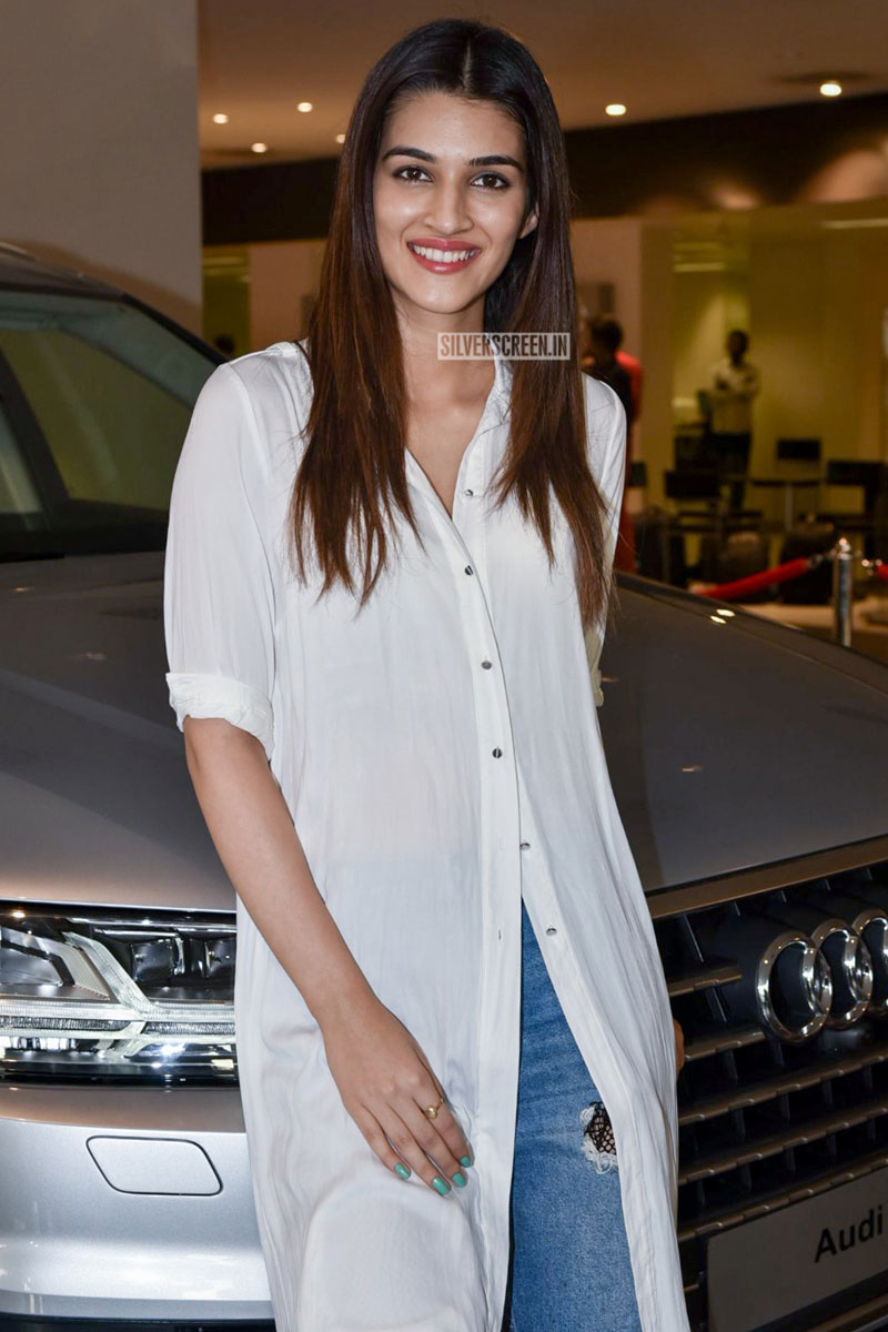 Kriti Sanon At The Inauguration Of An Audi Showroom Silverscreenin - Anaudi