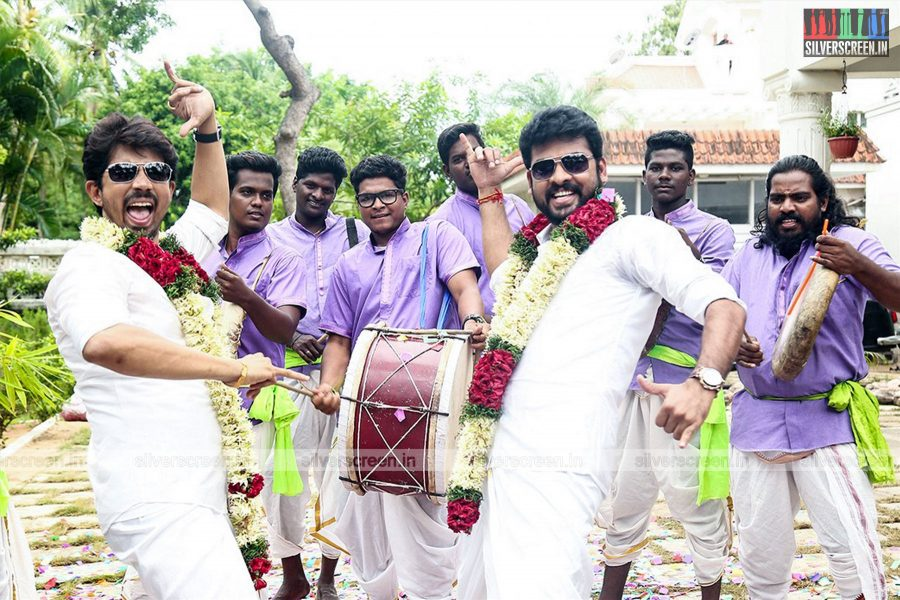 Mannar Vagera Movie Stills Starring Vimal, Anandhi and Directed by Boopathy Pandian
