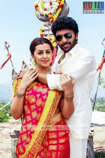 Pakka Movie Stills Starring Vikram Prabhu