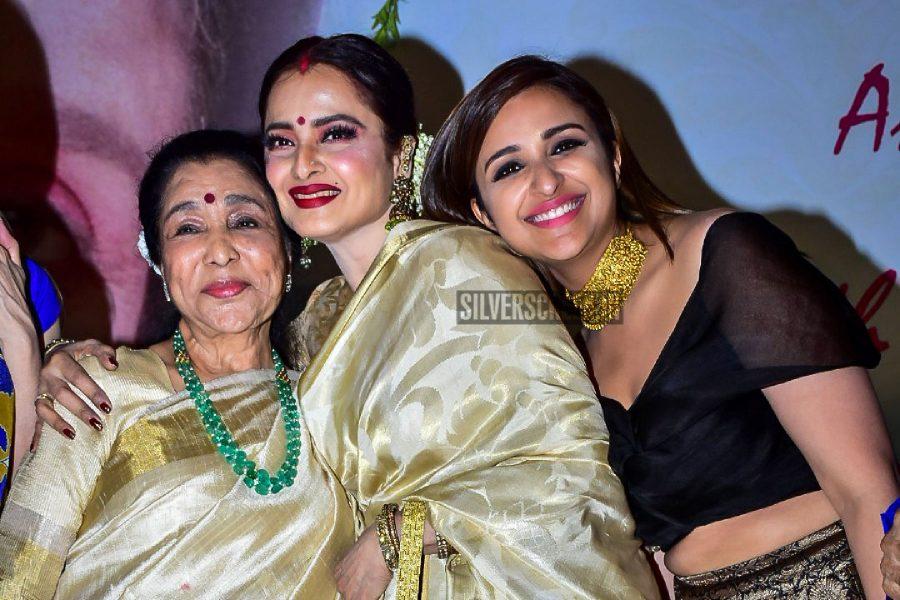 Asha Bhosle, Rekha, Jackie Shroff, Parineeti Chopra At The Yash Chopra Memorial Award