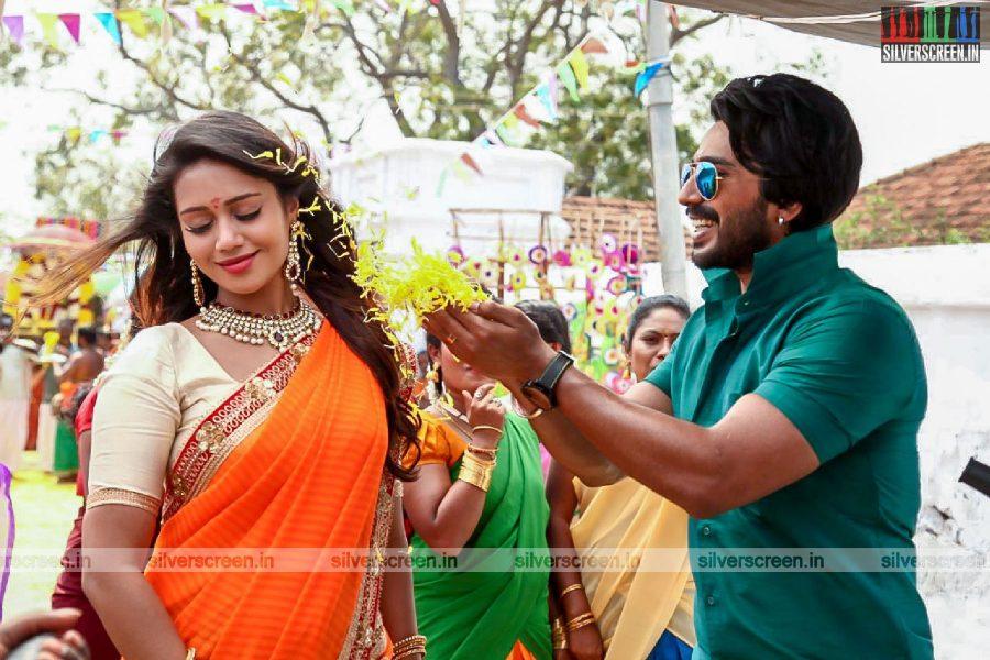 Jaga Jaala Killaaddi Movie Stills Starring Vishnu Vishal And Nivetha Pethuraj