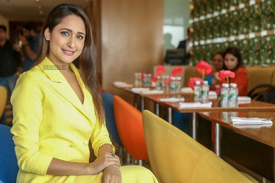 Pragya Jaiswal At Freedom Buy Jar Get Car Offer Winners Announcement
