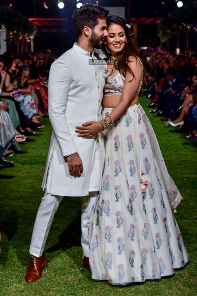 Shahid Kapoor, Mira Rajput Walk For Anita Dongre At Lakme Fashion Week