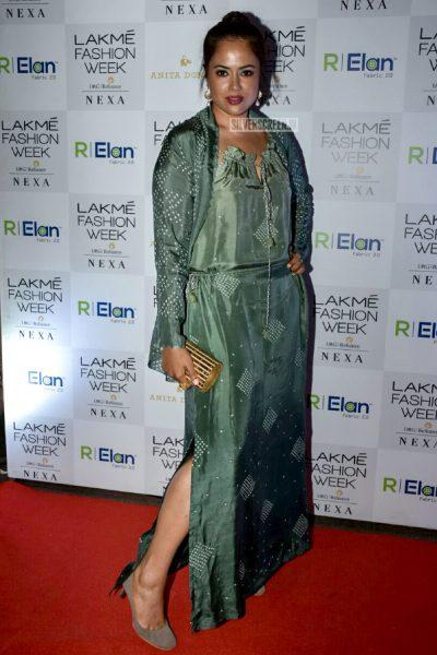 Sameera Reddy At Lakme Fashion Week