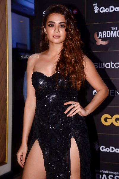 Surveen Chawla At The GQ Style Awards