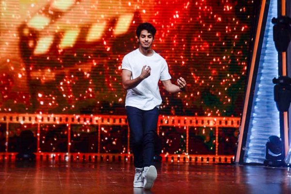 Ishaan Khattar, Malavika Mohanan During The Promotions Of Beyond The Clouds On The Sets Of DID Lil Masters