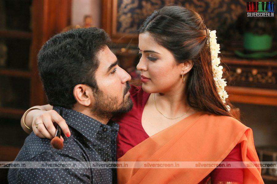 Kaali Movie Stills Starring Vijay Antony, Amritha And Others