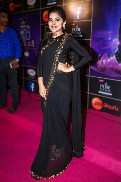 Kajal Aggarwal At The Zee Apsara Awards