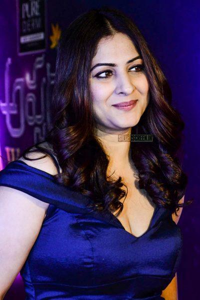 Gowri Munjal At The Zee Apsara Awards