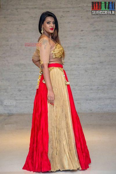 Meera Mitun At The Humanitarian Awards Ceremony