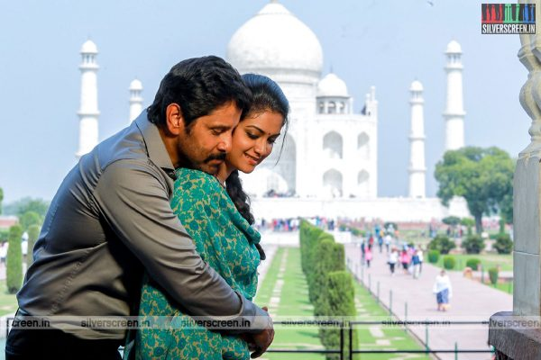 Saamy² Movie Stills Starring Vikram and Keerthy Suresh