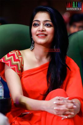 Janani At The MGR Sivaji Academy Awards