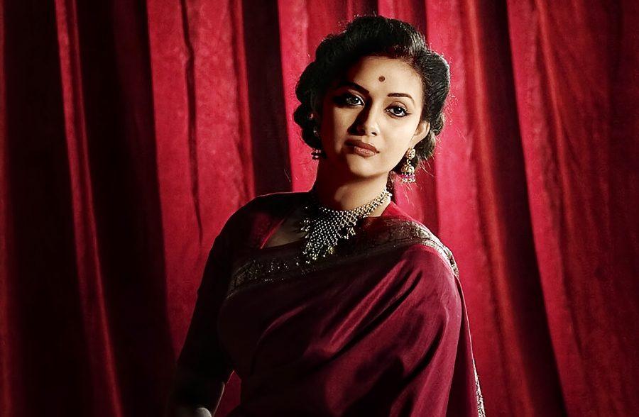 Dulquer Salman S Gemini Ganeshan Look Is Impressive The: The Many Looks Of Mahanati: Bringing Back A Bygone Era