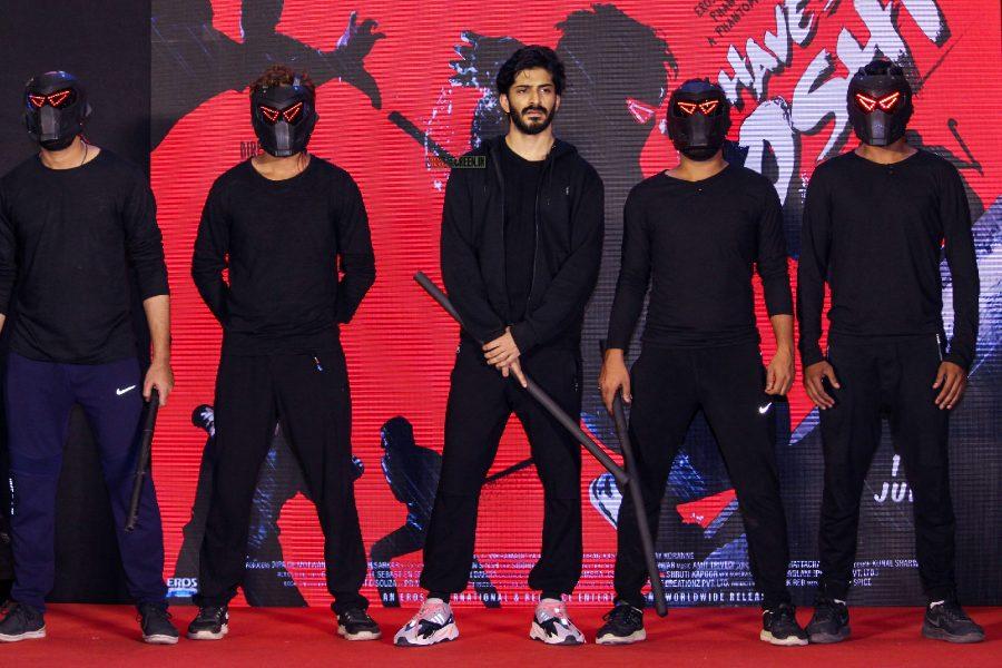 Harshvardhan Kapoor At The Bhavesh Joshi Superhero Promotion