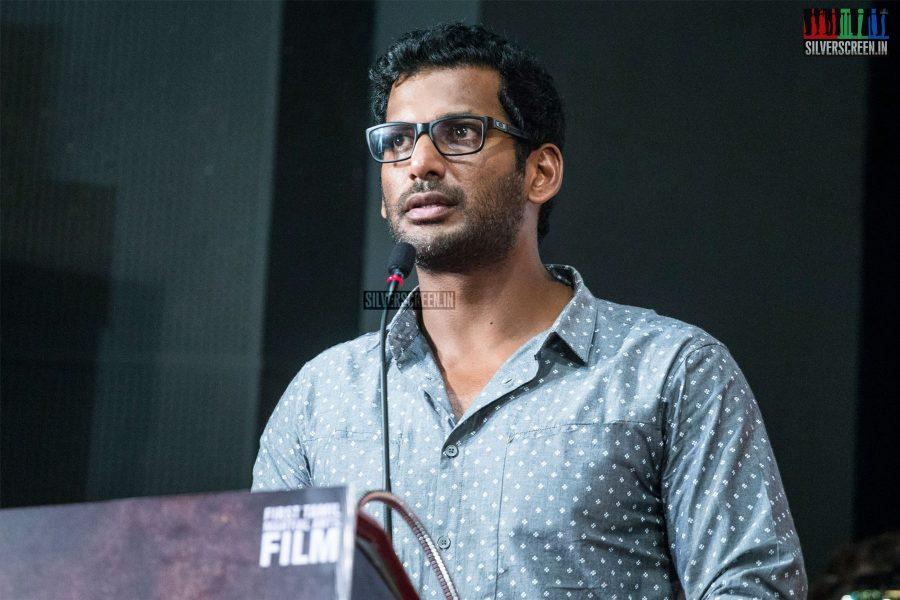 Vishal At The Ezhumin Trailer Launch
