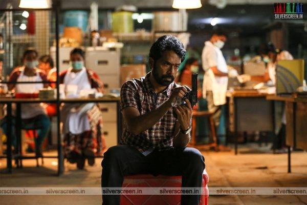Vanjagar Ulagam Movie Stills Starring Guru Somasundaram