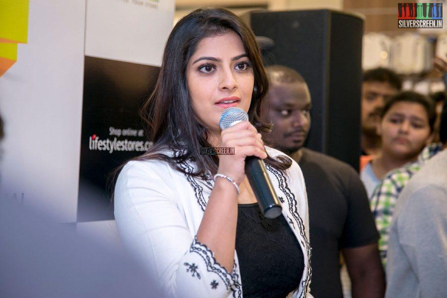 Varalaxmi Sarathkumar At The Inauguration Of Lifestyle Store