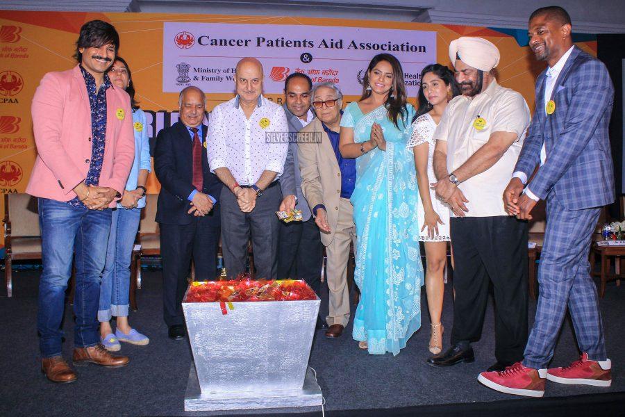 Vivek Oberoi, Anupam Kher, Neetu Chandra At The 'World No Tobacco Day' Event