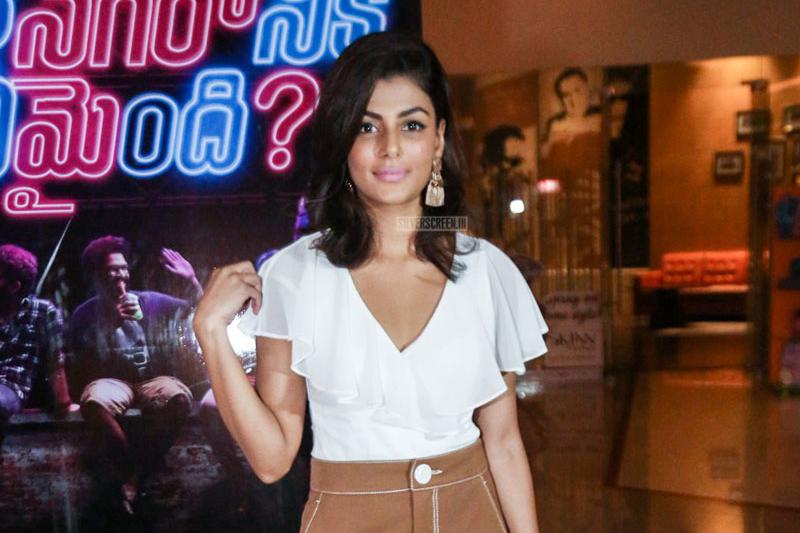 Anisha Ambrose At The Ee Nagaraniki Emaindi Premiere