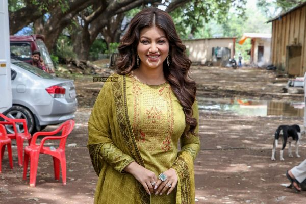 Ayesha Takia Azmi On The Sets Of Aarey Colony