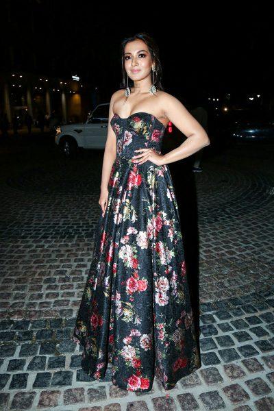 Catherine Tresa At The 65th Jio Filmfare Awards South 2018
