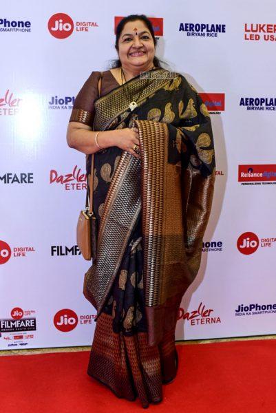 KS Chitra At The 65th Jio Filmfare Awards South 2018