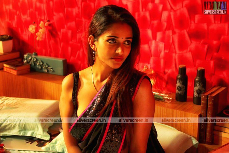 Semma Bodha Aagatha Movie Still Starring Atharvaa, Anaika Soti And Others