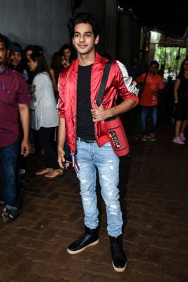 Ishaan Khatter On The Sets Of Dance Deewane To Promote Dhadak