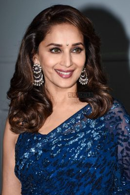 Madhuri Dixit On The Sets Of Dance Deewane To Promote Dhadak