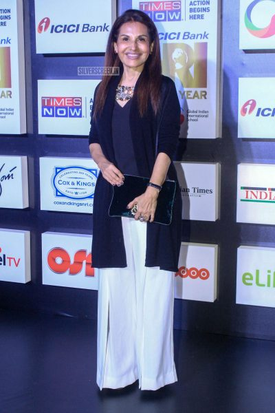 Celebrities At An Awards Function